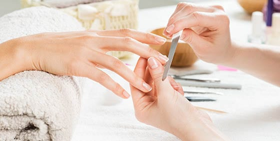 on the move manicure